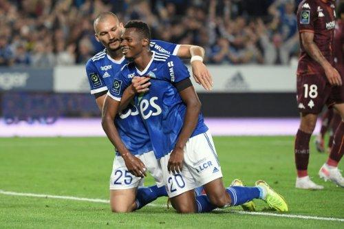 L1: Strasbourg écrase Metz dans un superbe derby de l'Est
