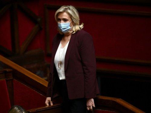 """Départementales: Marine Le Pen candidate à Hénin-Beaumont au nom de la """"proximité"""""""
