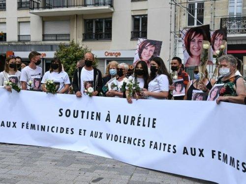 Nord: marche blanche à Douai après le meurtre d'une jeune femme
