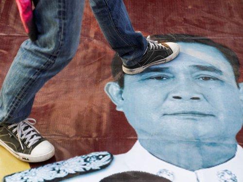 Thaïlande : La colère grandit sur fond de vague épidémique et d'économie morose