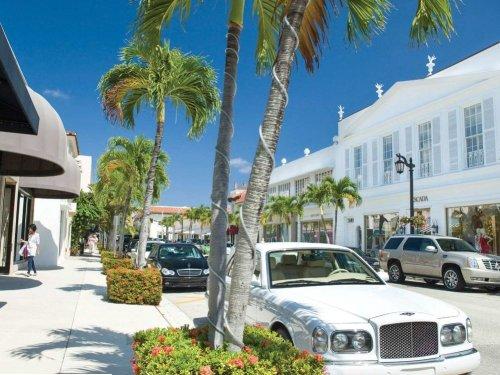Après la crise, le bling bling survit sous les tropiques de Palm Beach
