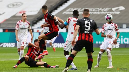 Football: Late Hrustic goal keeps Eintracht in Champions League contention