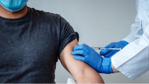 Mitarbeiter in den USA: Google und Facebook führen Impfpflicht ein