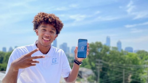 Trey Phills is a basketball player like his late dad. He's also launching a new gym app
