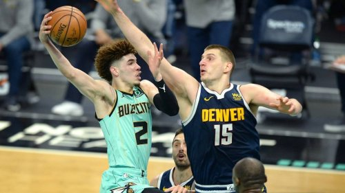 LaMelo Ball wins NBA Rookie of Year. Why voters stuck with him after he broke his wrist