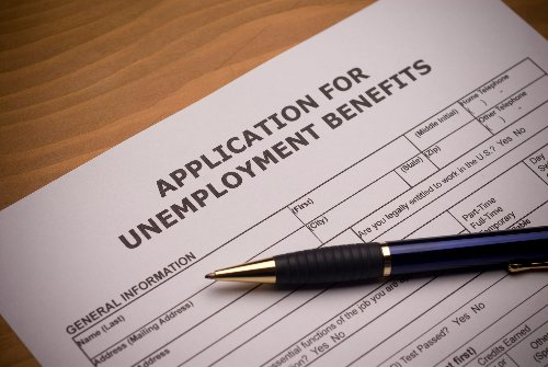 The extra $300 weekly payment unemployed people have been getting is going away next month as Tennessee opts out of receiving the federal funds