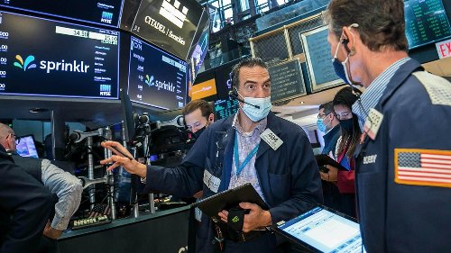 Nasdaq Notches Record Close as Stocks End Day Mixed