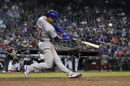 Willson Contreras again shows why he's so valuable to the Chicago Cubs with a 2-run homer in the 9th to beat the Arizona Diamondbacks 4-2
