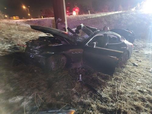 Chicago man dead, 2 passengers injured after I-65 crash in stolen Maserati: Indiana State Police