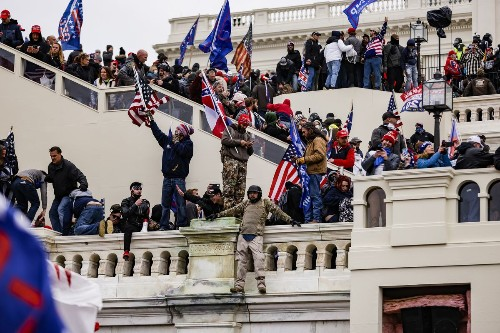 No, there's no evidence antifa caused the attack on the Capitol. Sarah Palin, Rep. Mo Brooks and the Texas attorney general are wrong.