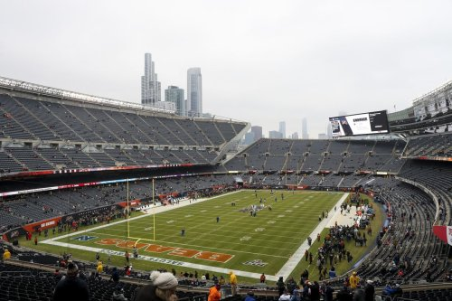 Chicago Bears submit bid to buy the Arlington International Racecourse property, opening the door to a potential Soldier Field exit