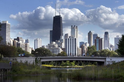 Be our guest! Chicago lands on top travel lists for hotels, bars and experiences