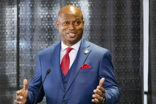 Michael Madigan's decadeslong grip on Illinois ends as House Democrats make Rep. Emanuel 'Chris' Welch state's first Black speaker