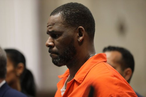 R. Kelly moved to New York, hires new lawyer as racketeering trial nears