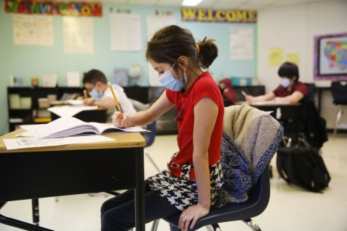 Schools can't skip standardized tests this spring, Biden administration says. But Illinois educators want a pass because of pandemic disruptions.