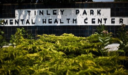 Tinley Park water leak prompts concerns of possible well contamination