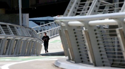 Work on Navy Pier Flyover — key to improving Lakefront Trail — is complete, Chicago officials say
