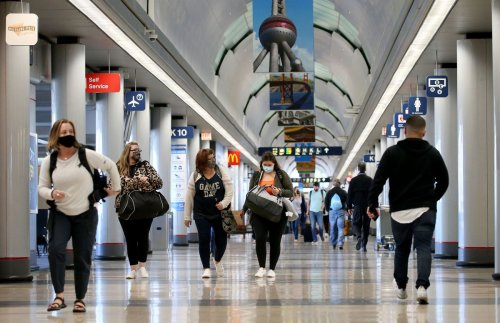 Editorial: No travel breaches with man who lived at O'Hare for three months. Really?