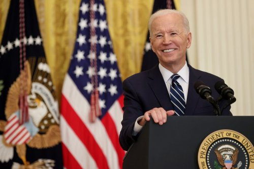 Column: Biden refuses to play into the Fox News narrative, and it's making me and Sean Hannity FURIOUS!