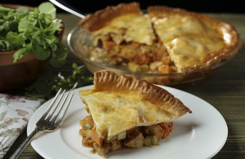 How to whip up a stellar pot pie from Thanksgiving leftovers
