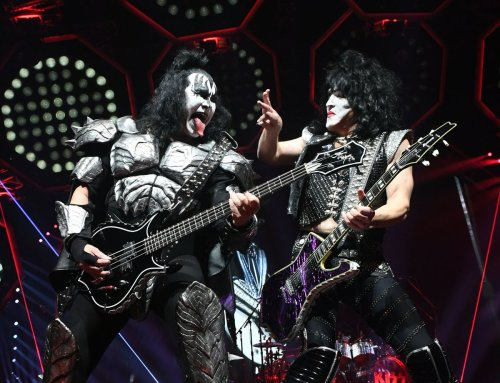 KISS plays final Chicago show on its 'End of the Road Tour' — one more time for the fake blood and pyrotechnics