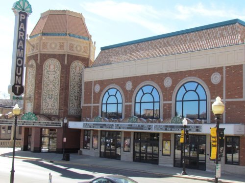 Paramount Theatre will reopen with live shows this summer