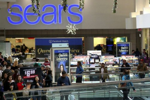 Sears closing Woodfield Mall store, its last in Illinois