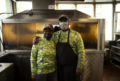 Lem's Bar-B-Q thrives with fire and family — how Chicago's Black-owned restaurants are faring during pandemic