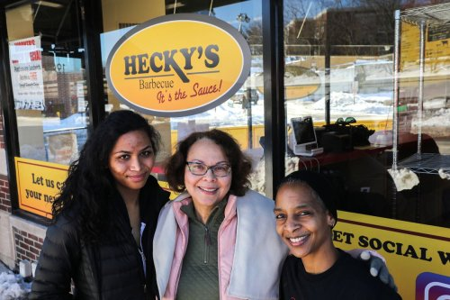 How Chicago's Black-owned restaurants have fared during the pandemic