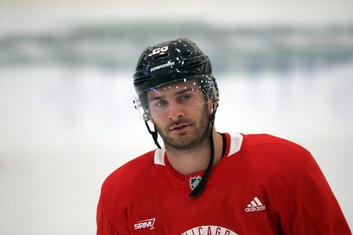 Blackhawks and other NHL players take varied views on sitting out games for racial justice: 'To say what's right or wrong, it's hard to say'