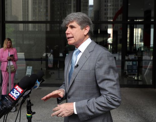 Ex-Gov. Blagojevich files federal lawsuit challenging state law precluding him from running again