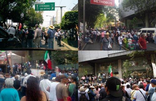 Caos vial y estaciones de Metrobús cerradas por manifestación en Insurgentes