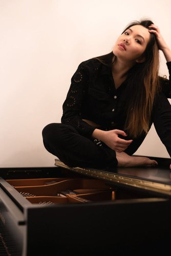 Interview with Pianist Composer Mélodie Zhao