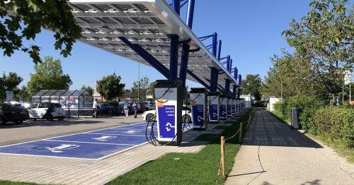 E-Auto-Laden beim Einkauf: Hier baut deutscher Energie-Riese jetzt Schnell-Lader