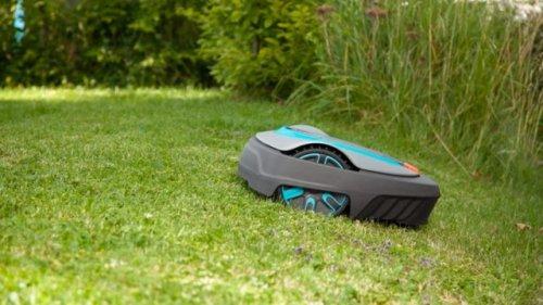 Der beste Mähroboter für unter 1.000 Euro: Das kann der Gardena Smart Sileno City