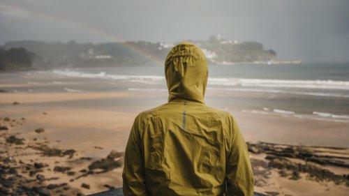 Trotz Wind und Wetter: Mit diesen Regenjacken sind Sie bestens geschützt