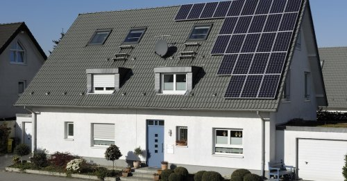 Kein Stress mit den Nachbarn: So planen Sie ihre PV-Anlage rechtssicher