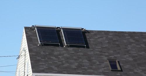 Solarthermie oder Photovoltaik: Vor- und Nachteile im Überblick