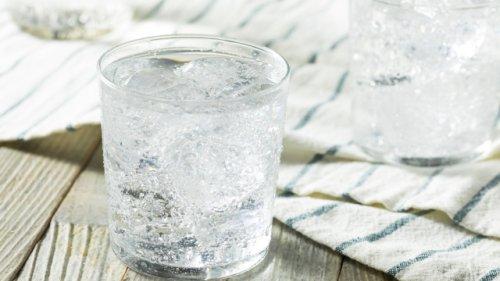 Sodastream-Nutzer aufgepasst: Praktischer Flaschenhalter löst endlich ein nerviges Problem