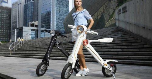 Elektro-Mofa zum Zusammenfalten: Discounter verkauft abgefahrenes Zweirad