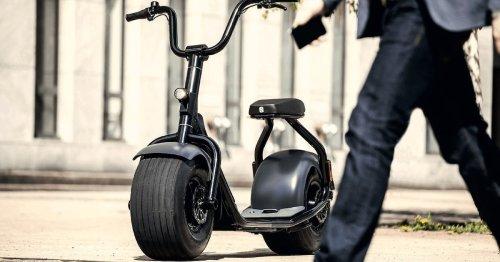 Halb Harley, halb Scooter: Dieses irre Spaßmobil ist schwer zu definieren