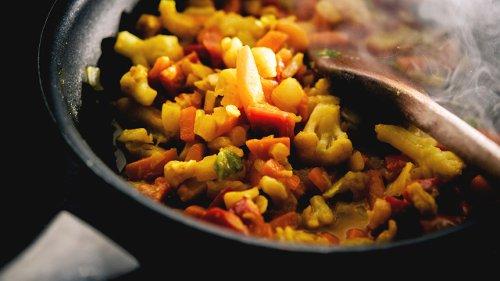 Ekel-Essen aus dem Kühlregal? Gemüsepfannen überraschen im ÖKO-TEST