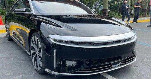 800 Kilometer mit einer Ladung: Erste Fahrt im echten Tesla-Killer