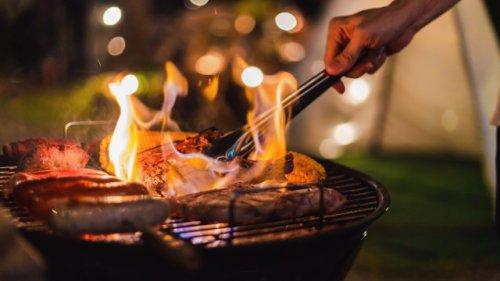 Es muss nicht immer Holzkohle sein: Diese nachhaltigen Alternativen zum Grillen sollten Sie kennen