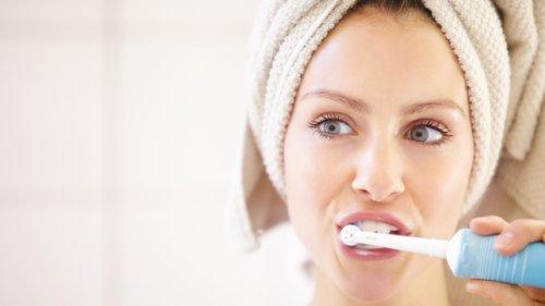 200 Euro gegen 40 Euro: Ist die Testsieger-Zahnbürste ihr Geld wirklich wert?