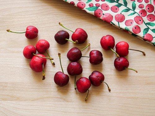 Easy Chocolate Cherry Smoothie Recipe