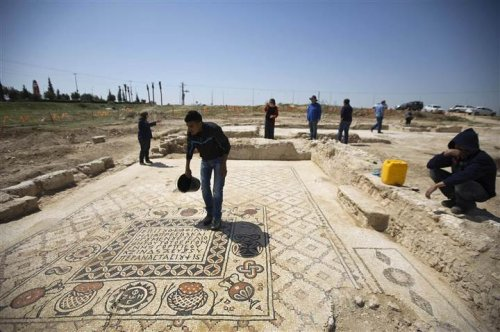 Israeli archaeologists find 3,100-year-old inscription linked to book of Judges