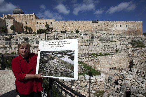 Archaeologist known for using the Bible as her guide, unearthing King David's palace, dies at 64