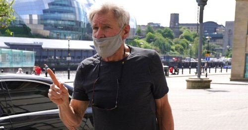 Harrison Ford begs fans on the Quayside in Newcastle to leave him alone