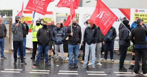 Protest outside Amazon Gateshead by electricians claiming unfair dismissal